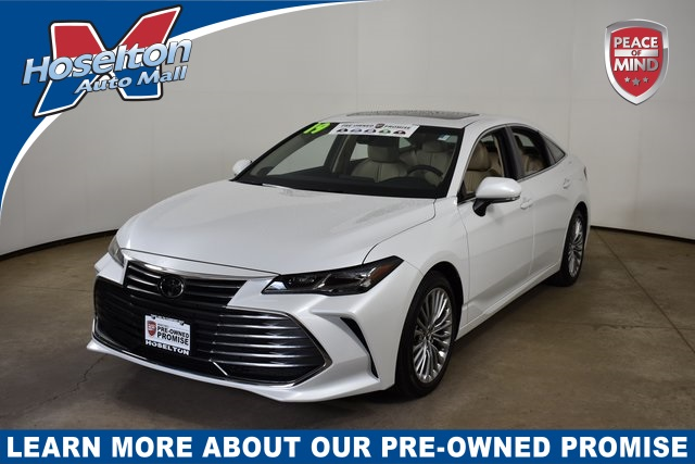 Pre-Owned 2019 Toyota Avalon Limited With Navigation